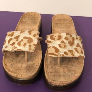 Donald Pliner size 9 1/2 animal skin sandals